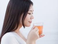 「鼻づまり」や「目のかゆみ」が辛い人におすすめ! 花粉症とハーブコーディアルシロップ の関係
