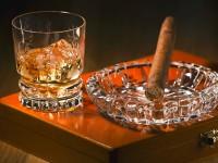 「タバコ」と「お酒」って、どうして合うの?