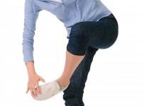 足の親指の付け根が痛い! 痛風の症状!?
