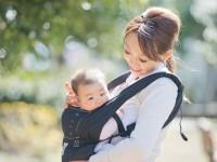 ママの体、ゆがみは大丈夫? 「肩こり・腰痛」を抑える抱っこの仕方とは