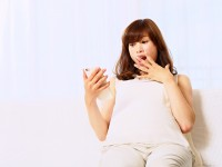 抜けてしまう人多数… 妊娠中の髪のトラブル とは?