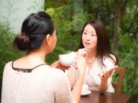 女性はみんな、おしゃべりなのが当たり前?