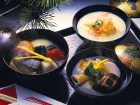 餅なし、あんこ、くるみタレ? 日本全国・お雑煮大集合