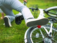 ヘルメット被っている? 他人事ではない「自転車事故リスク」を下げるには
