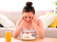 女性ならではのお悩み…? なぜ月経前には甘いものが食べたくなる?