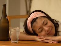 お酒の飲みすぎでお腹を下す?「アルコールと下痢」の関係