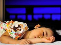 子どもに多いという「夢遊病」 考えられる原因は?