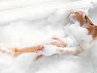 洗いすぎると体臭キツイ!? 臭いを予防するカラダの洗い方