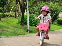 運転しやすく安全な、子どもの「自転車」と「ヘルメット」の選び方とは?