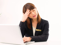 別の病気が原因で起こる「二次性頭痛」をご存じですか?